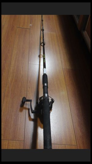 SHAKESPEARE UGLY STIK GX2 SPINNING FISHING POLE AND REEL COMBO 6ft for Sale in Los Angeles, CA