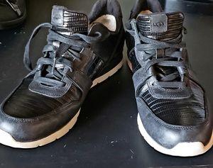 Mens shoes size 10 for Sale in Phoenix, AZ