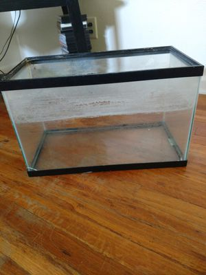 Fish tank for Sale in Cheyenne, WY