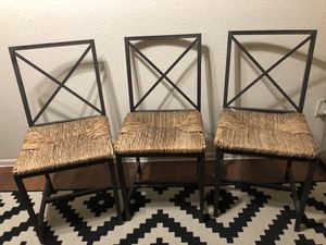 3 wicker chairs for Sale in Phoenix, AZ