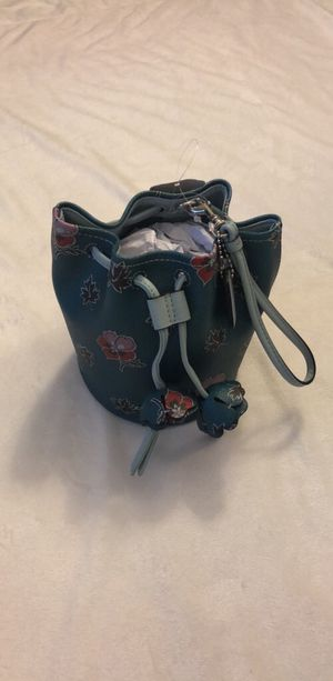 COACH Wrist purse for Sale in Mountain View, CA