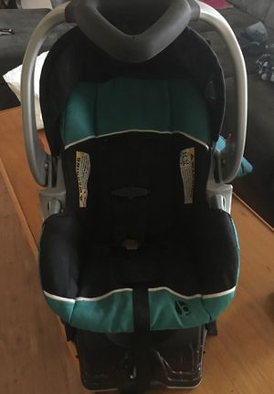 Infant car seat for Sale in Powhatan, VA