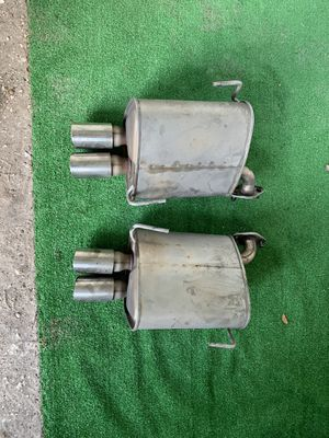 Subaru double mufflers/used/in very good condition for Sale in Kissimmee, FL