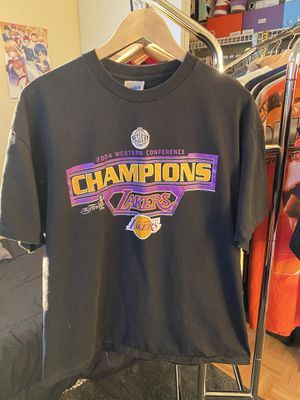 2004 LAKERS CHAMPIONSHIP T SHIRT for Sale in Rancho Cucamonga, CA