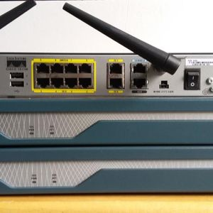 Cisco 1800 Series Integrated Services Routers: Cisco 1841 Router for Sale in Joliet, IL