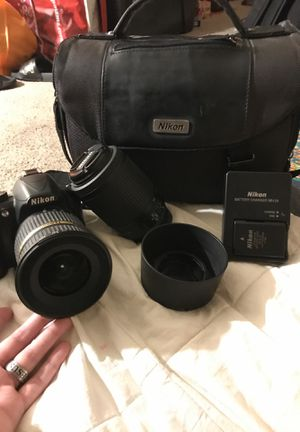 Nikon digital camera KIT model D3100 for Sale in Minneapolis, MN