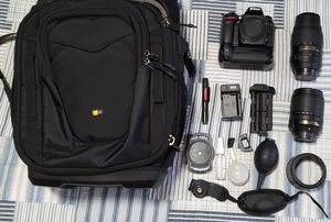 Nikon D7100 DSLR camera with 2 lens and accessories for Sale in Federal Way, WA
