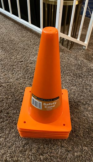 8ct Construction party supplies Cones for Sale in Victorville, CA