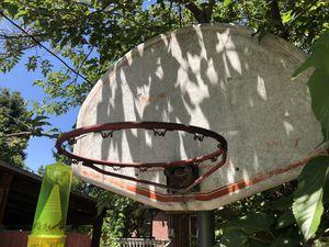 Basketball hoop and back board for Sale in Salt Lake City, UT