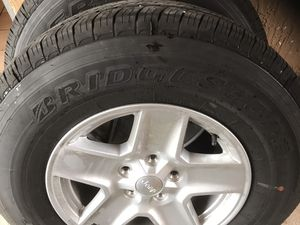 2020 jeep rims and tires brand new for Sale in Hialeah, FL