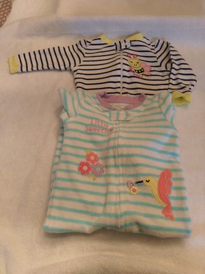 Baby girl 2 Piece pajama set 6-9m for Sale in Brandon, FL