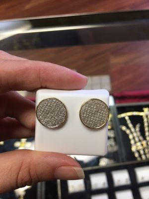 10k Gold Diamond Earrings for Sale in Tampa, FL