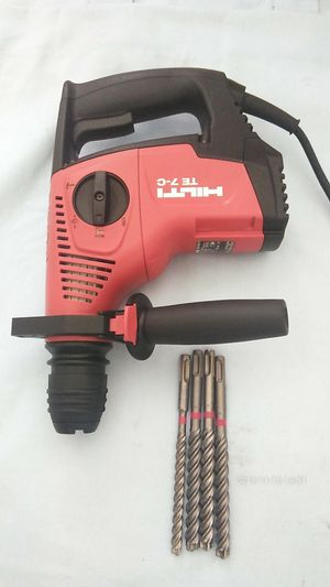 Hilti te 7c nuevo Rotary hammer chiping drill for Sale in Long Beach, CA