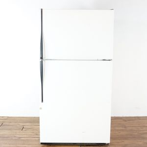 Hotpoint No Frost Ctx24 G 23.7 Cu. Ft. Refrigerator Freezer (1020036) for Sale in South San Francisco, CA