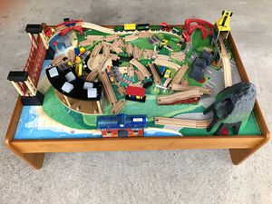 Wooden train table with train set for Sale in Pearland, TX