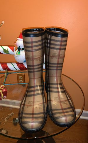 Burberry rain boots for Sale in West Bloomfield Township, MI