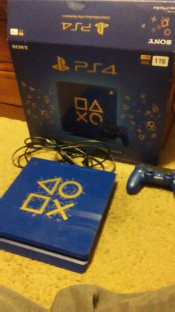 Ps4 slim days of play limited edition with 4 ps4 games and 8 ps1 games with 2 TB external hardrive for ps4 or ps5 for Sale in Hillsboro,  OR