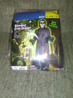 2019 Bleeding Grim Reaper Costume In Package for Sale in Martinsburg,  WV
