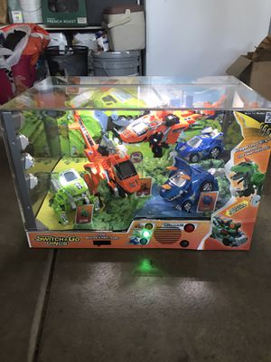 Switch & Go Dinos Case Display for Sale in Elk Grove, CA