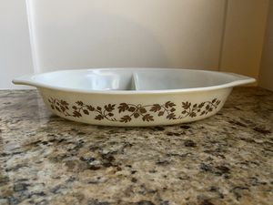 Pyrex Golden Acorn Divided Dish for Sale in Federal Way, WA
