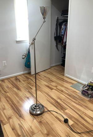 floor lamp for Sale in Woodbridge, VA