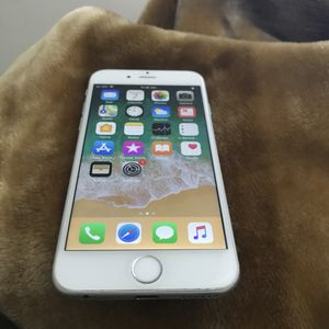 IPhone 6 16GB ICloud Factory Unlocked Like New for Sale in Fairfax, VA