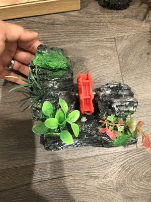 Decorations for fish tank (aquarium) 15$ for all for Sale in Anaheim, CA