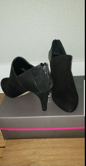 Vince camuto women's shoes new for Sale in Oregon City, OR