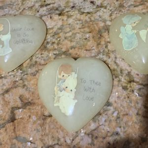 3 PRECIOUS MOMENTS PAPER WEIGHTS for Sale in Pompano Beach, FL