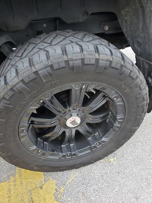 Rims 20 for toyota tundra for Sale in Oakland Park, FL