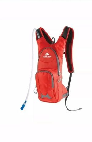 Ozark Trail Hydration Backpack HP172 5L-R for Sale in Houston, TX