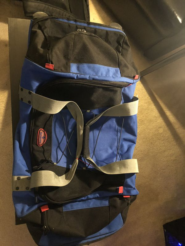 Samsonite rolling duffle bag