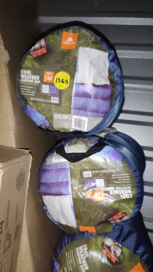 Ozark Trails Cool Weather Sleeping Bag (35°F) for Sale in Sahuarita, AZ