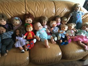 Collectible dolls for Sale in North Las Vegas, NV