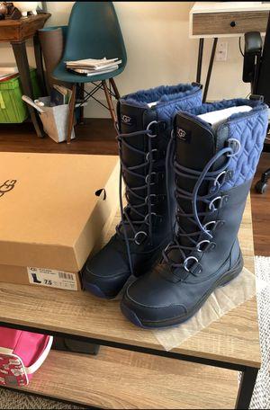 Like new Ugg boots 7.5 for Sale in Mercer Island, WA