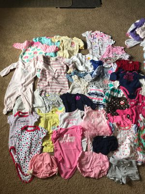 Absolutely adorable approved baby girl clothing 0-6months - 40 pieces for Sale in Minneapolis, MN