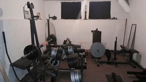 Olympic bench barbell, dumbells, weights & attachments for Sale in Euclid, OH