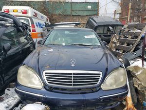 Parts!! 2000 Mercedes-Benz S430 for Sale in Philadelphia, PA