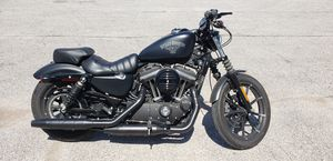 2017 Harley Davidson Iron 883 for Sale in House Springs, MO