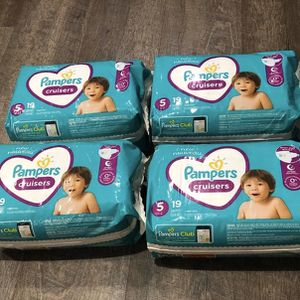 Pampers cruisers diapers Size 5 for Sale in Lawrenceville, GA