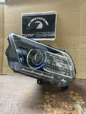 2013-2014 FORD MUSTANG LEFT HEADLIGHT HID CAPSULE ONLY for Sale in Dallas, TX