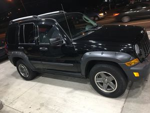 05 Jeep liberty renegade for Sale in Pittsburgh, PA