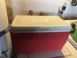 Igloo cooler for Sale in Ontario, CA