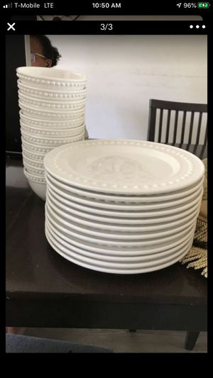 12 Plates & 12 Bowls for Sale in Chantilly, VA
