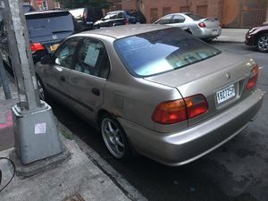 Honda Civic 4 door 2000 for Sale in Brooklyn, NY