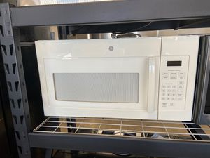 NEW OFF WHITE BISCUIT GE MICROWAVE for Sale in Colton, CA