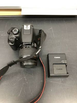Canon (DS126621) EOS Rebel T6 18.0MP Digital Camera W/Lens for Sale in Los Angeles, CA