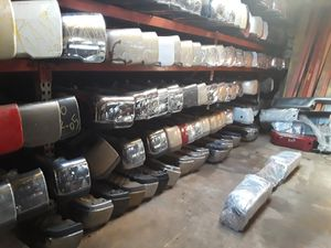 Auto body parts and shipping for Sale in Arlington, TX