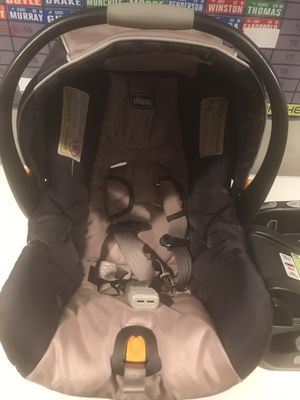 Chicco KeyFit 30 car seat for Sale in Chicago, IL