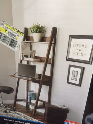 Mainstay Ladder Desk for Sale in Moreno Valley, CA